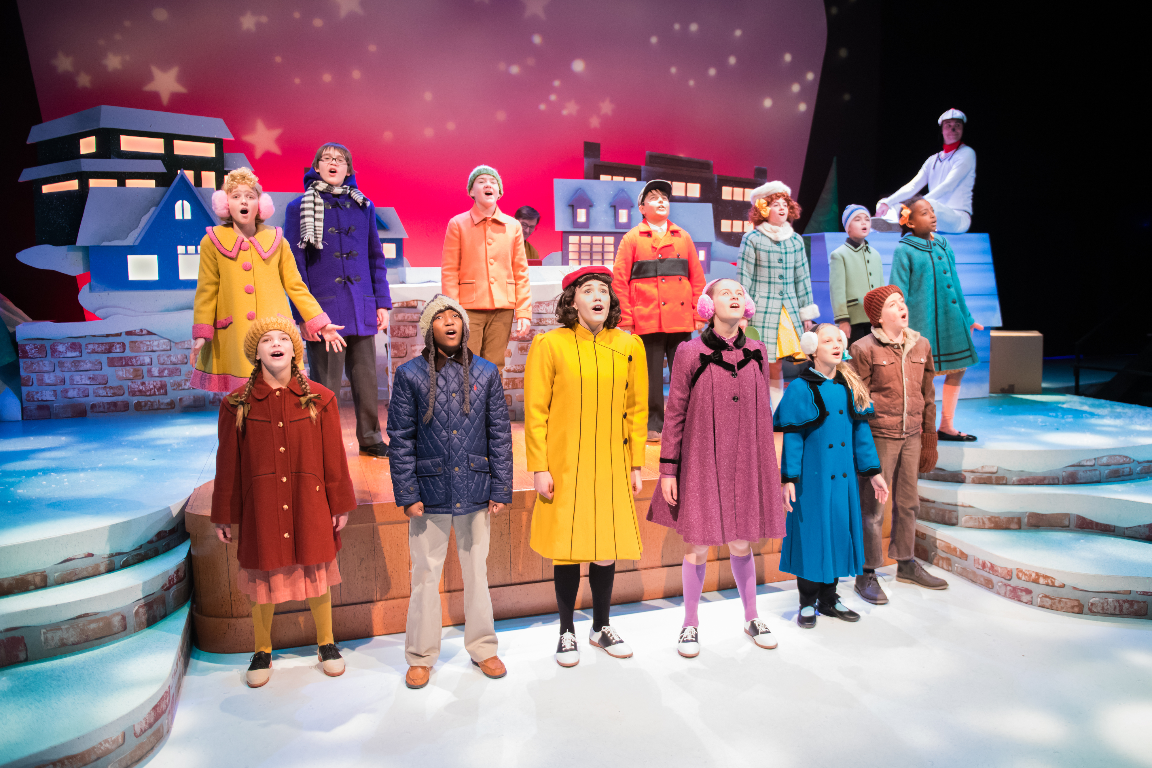 First Stage weaves holiday magic for every age with u201cA Charlie Brown Christmasu201d | Dave Begel On Theater & First Stage weaves holiday magic for every age with u201cA Charlie Brown ...
